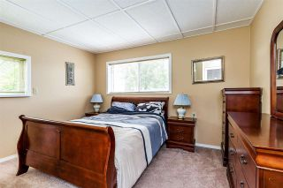 Photo 17: 17865 59 Avenue in Surrey: Cloverdale BC House for sale (Cloverdale)  : MLS®# R2395631