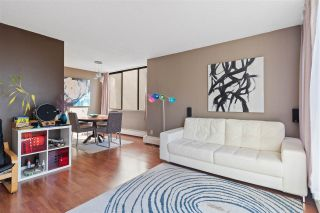 """Photo 5: 908 4105 MAYWOOD Street in Burnaby: Metrotown Condo for sale in """"Time Square"""" (Burnaby South)  : MLS®# R2570116"""
