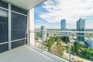 "Photo 11: 2111 13308 CENTRAL Avenue in Surrey: Whalley Condo for sale in ""Evolve"" (North Surrey)  : MLS®# R2403859"