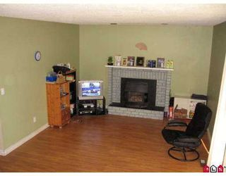 Photo 5: 19516 62A Avenue in Surrey: Clayton House for sale (Cloverdale)  : MLS®# F2712153