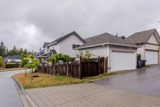 Photo 30: 5952 164 Street in Surrey: Cloverdale BC House for sale (Cloverdale)  : MLS®# R2207791