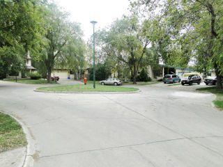 Photo 20: 10 Livingston Place in WINNIPEG: Fort Garry / Whyte Ridge / St Norbert Residential for sale (South Winnipeg)  : MLS®# 1219563