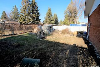 Photo 3: 14 Morris Drive in Saskatoon: Massey Place Residential for sale : MLS®# SK851278