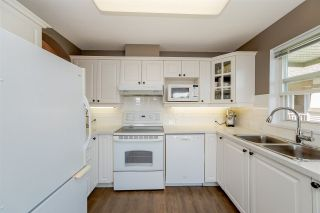 """Photo 8: 314 4770 52A Street in Delta: Delta Manor Condo for sale in """"WESTHAM LANE"""" (Ladner)  : MLS®# R2271231"""