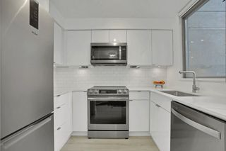 "Photo 8: 1606 1238 RICHARDS Street in Vancouver: Yaletown Condo for sale in ""Metropolis"" (Vancouver West)  : MLS®# R2539296"