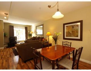 Photo 4: 14 288 ST DAVIDS Avenue in North_Vancouver: Lower Lonsdale Townhouse for sale (North Vancouver)  : MLS®# V764880