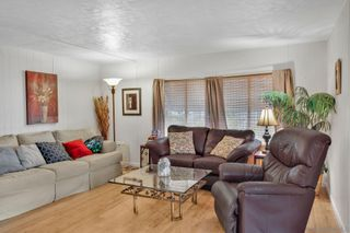 Photo 2: OCEANSIDE Mobile Home for sale : 2 bedrooms : 108 Havenview Ln