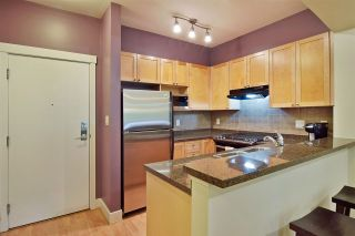 """Photo 4: 207 2280 WESBROOK Mall in Vancouver: University VW Condo for sale in """"KEATS HALL"""" (Vancouver West)  : MLS®# R2577434"""