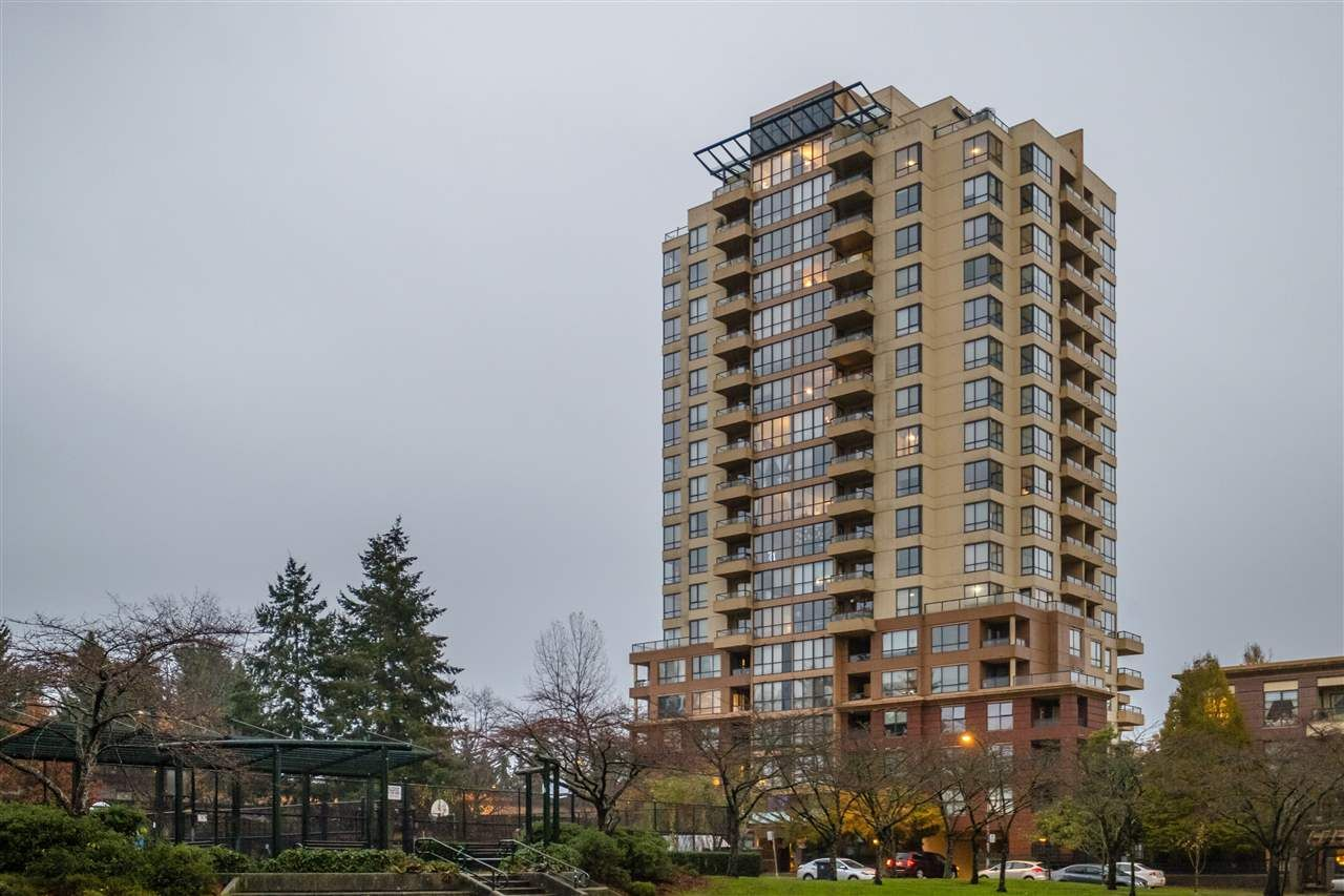"""Main Photo: 1509 5288 MELBOURNE Street in Vancouver: Collingwood VE Condo for sale in """"Emerald Park Place"""" (Vancouver East)  : MLS®# R2525897"""