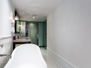 "Photo 34: 1110 HORNBY Street in Vancouver: Downtown VW Townhouse for sale in ""ARTESMIA"" (Vancouver West)  : MLS®# R2575042"