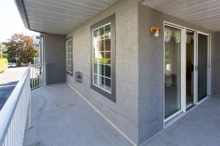 "Photo 13: 114 5375 205 Street in Langley: Langley City Condo for sale in ""Glenmont Park"" : MLS®# R2461210"