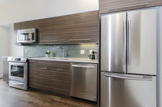 "Photo 5: 408 317 BEWICKE Avenue in North Vancouver: Hamilton Condo for sale in ""Seven Hundred"" : MLS®# R2148389"