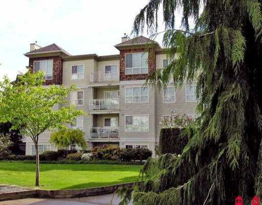 Main Photo: 104 10186 155 in Surrey: Guildford Condo for sale : MLS®# F2610499
