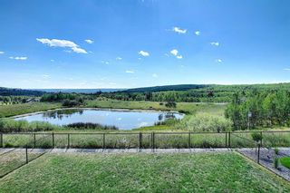 Main Photo: 45 Val Gardena View SW in Calgary: Springbank Hill Detached for sale : MLS®# A1138320