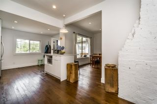 Photo 7: 869 E 13TH Avenue in Vancouver: Mount Pleasant VE House for sale (Vancouver East)  : MLS®# R2242982