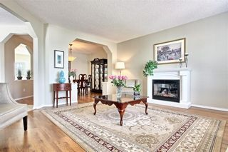 Photo 5: 215 CITADEL Drive NW in Calgary: Citadel Detached for sale : MLS®# C4303372