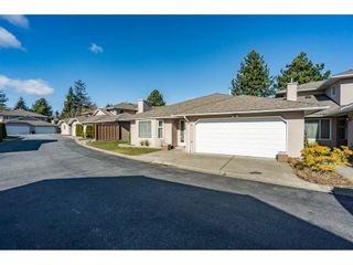 "Photo 3: 161 15501 89A Avenue in Surrey: Fleetwood Tynehead Townhouse for sale in ""AVONDALE"" : MLS®# R2539606"