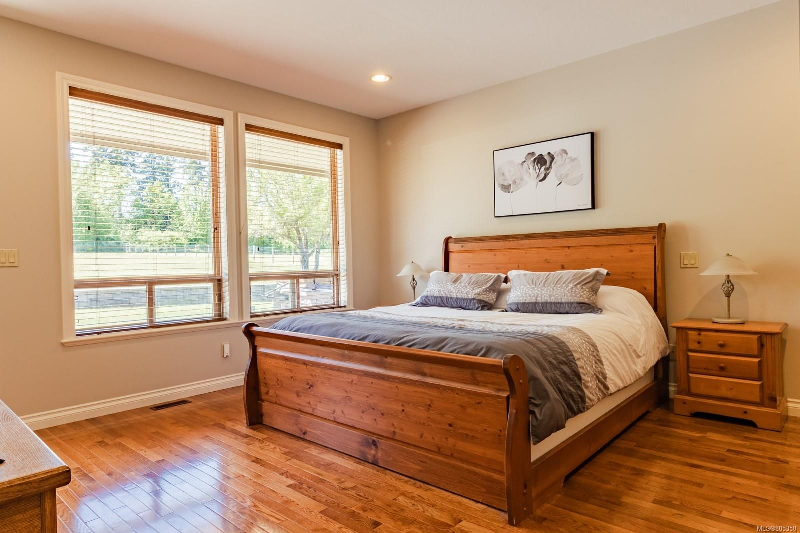 Photo 17: Photos: 2850 Peters Rd in : PQ Qualicum Beach House for sale (Parksville/Qualicum)  : MLS®# 885358