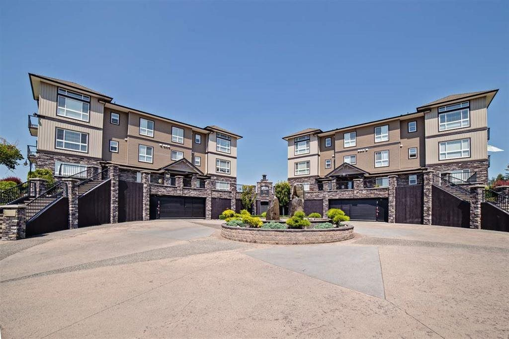 """Photo 2: Photos: A117 33755 7TH Avenue in Mission: Mission BC Condo for sale in """"The Mews"""" : MLS®# R2352904"""