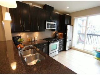 Photo 5: 3 2979 156TH Street in Surrey: Grandview Surrey Condo for sale (South Surrey White Rock)  : MLS®# F1304497