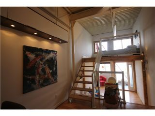 Photo 9: # C1 238 E 10TH AV in Vancouver: Mount Pleasant VE Condo for sale (Vancouver East)  : MLS®# V956199