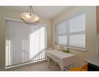 """Photo 5: 301 995 W 59th Ave in Vancouver: Marpole Condo for sale in """"Chruchill Gardens"""" (Vancouver West)  : MLS®# V812017"""