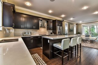 """Photo 8: 28 14285 64 Avenue in Surrey: East Newton Townhouse for sale in """"ARIA LIVING"""" : MLS®# R2152399"""