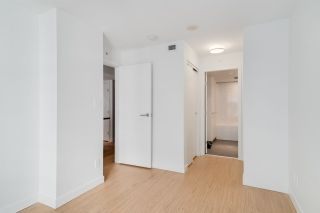 "Photo 11: 708 188 KEEFER Street in Vancouver: Downtown VE Condo for sale in ""188 KEEFER BY WESTBANK"" (Vancouver East)  : MLS®# R2212683"