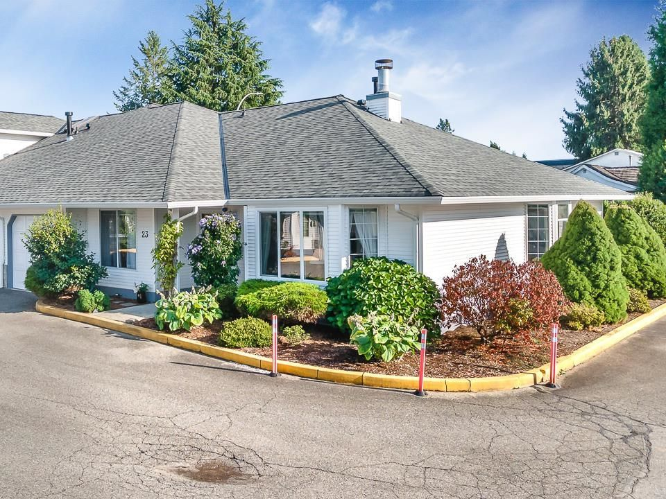 """Main Photo: 23 19171 MITCHELL Road in Pitt Meadows: Central Meadows Townhouse for sale in """"Holly Lane Estates"""" : MLS®# R2614547"""