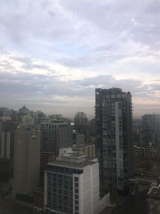Photo 6: 1906 1188 HOWE STREET in Vancouver: Downtown VW Condo for sale (Vancouver West)  : MLS®# R2324514
