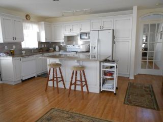 """Photo 6: 20 6488 168TH Street in Surrey: Cloverdale BC Townhouse for sale in """"TURNBERRY"""" (Cloverdale)  : MLS®# F1403317"""