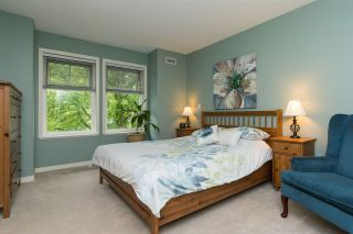 """Photo 10: 3 15432 16A Avenue in Surrey: King George Corridor Townhouse for sale in """"Carlton Court"""" (South Surrey White Rock)  : MLS®# R2172264"""