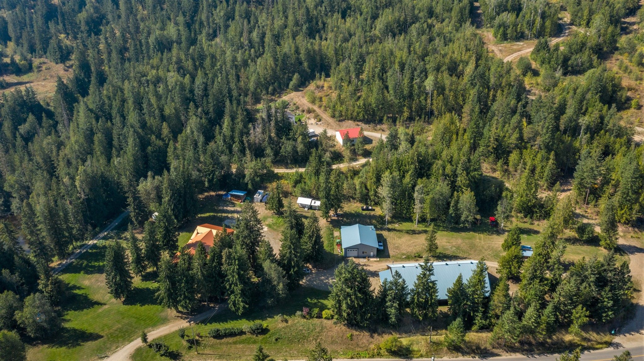 Main Photo: 2280 Deep Creek Road, in Enderby: House for sale : MLS®# 10214695