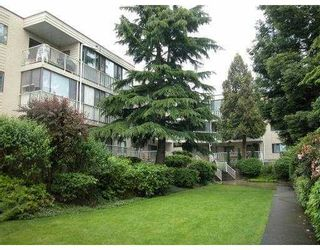 "Photo 1: 210 8040 BLUNDELL Road in Richmond: Garden City Condo for sale in ""BLUNDELL PLACE"" : MLS®# V715076"
