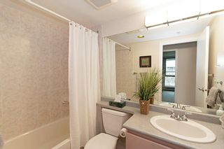"""Photo 15: 404 500 W 10TH Avenue in Vancouver: Fairview VW Condo for sale in """"Cambridge Court"""" (Vancouver West)  : MLS®# R2560760"""