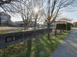 """Photo 15: 8361- - 8365 CARTIER Street in Vancouver: Marpole House for sale in """"MARPOLE"""" (Vancouver West)  : MLS®# R2416944"""