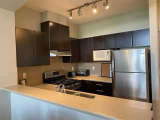 """Photo 3: 402 9329 UNIVERSITY Crescent in Burnaby: Simon Fraser Univer. Condo for sale in """"HARMONY"""" (Burnaby North)  : MLS®# R2582592"""