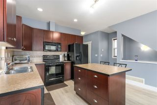 Photo 10: 16560 60A Avenue in Surrey: Cloverdale BC House for sale (Cloverdale)  : MLS®# R2313196