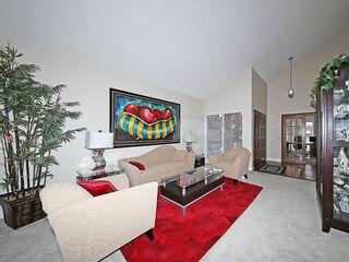 Photo 5: 99 BERNARD Court NW in Calgary: Beddington Heights Detached for sale : MLS®# C4215187
