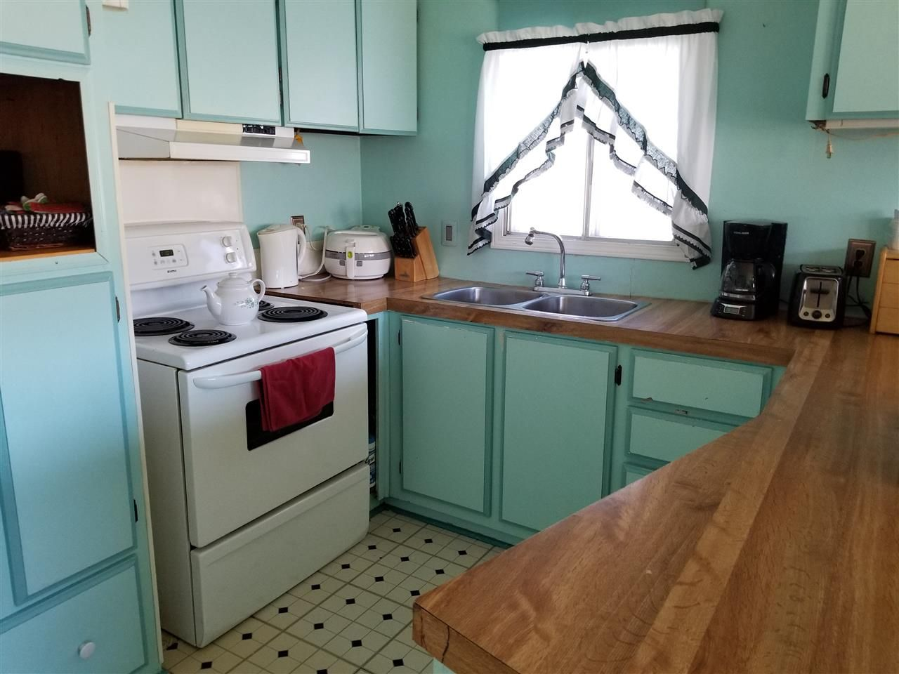 Photo 8: Photos: 9 1265 SOUTH LAKESIDE Drive in Williams Lake: Williams Lake - City Manufactured Home for sale (Williams Lake (Zone 27))  : MLS®# R2414421
