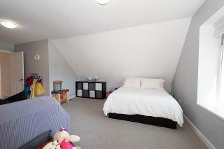 Photo 32: 5461 SUMMER Way in Delta: Pebble Hill House for sale (Tsawwassen)  : MLS®# R2474775