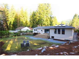Photo 1: 537 E OSBORNE RD in North Vancouver: Upper Lonsdale House for sale : MLS®# V1050960