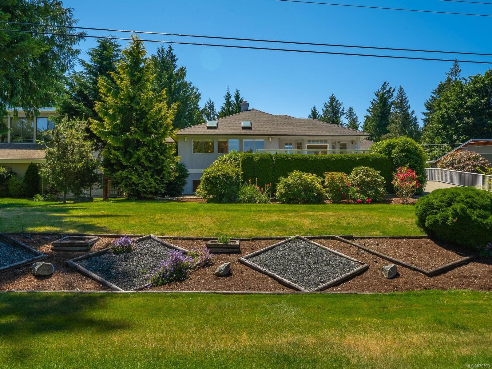Main Photo: 1549 Madrona Dr in : PQ Nanoose House for sale (Parksville/Qualicum)  : MLS®# 879593