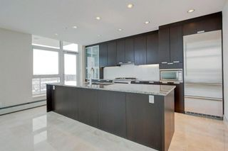 Photo 8: 3104 99 SPRUCE Place SW in Calgary: Spruce Cliff Apartment for sale : MLS®# A1074087