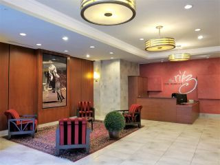 "Photo 8: 2501 1211 MELVILLE Street in Vancouver: Coal Harbour Condo for sale in ""The Ritz"" (Vancouver West)  : MLS®# R2572755"