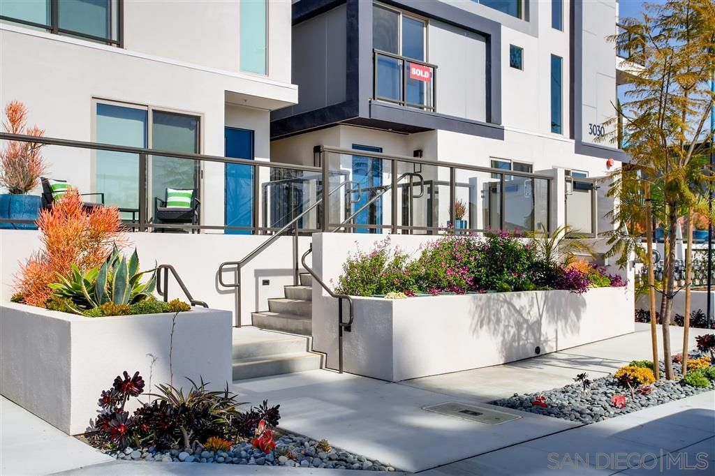 Photo 13: Photos: POINT LOMA Townhouse for sale : 2 bedrooms : 3030 Jarvis #7 in San Diego