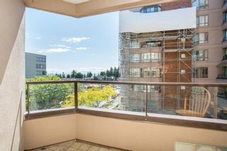 """Photo 16: 408 15111 RUSSELL Avenue: White Rock Condo for sale in """"PACIFIC TERRACE"""" (South Surrey White Rock)  : MLS®# R2590642"""