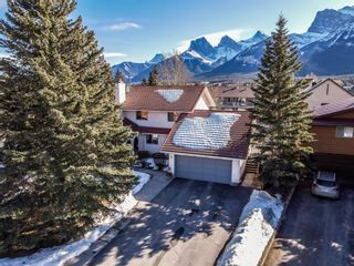 Photo 3: 9 Mt.Rundle Place: Canmore Detached for sale : MLS®# A1146109