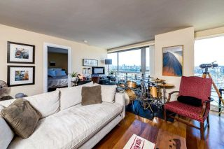 Photo 4: 1103 1000 BEACH AVENUE in Vancouver: Yaletown Condo for sale (Vancouver West)  : MLS®# R2589073