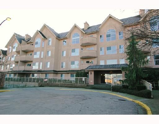 "Main Photo: 313 12464 191B Street in Pitt_Meadows: Mid Meadows Condo for sale in ""LASUER MANOR"" (Pitt Meadows)  : MLS®# V682486"